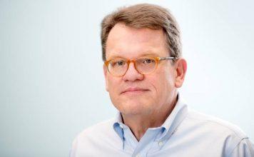 2013 yılından beri CEO olarak görev yaptığı BSH Grubu'ndan ayrılan Dr. Karsten Ottenberg'in görevini Uwe Raschke devraldı. Uwe Raschke yeni pozisyonunun yanı sıra 2008'den beri görev yaptığı Robert Bosch GmbH Yönetim Kurulu üyeliğine devam edecek. Haber detayları Patron Haber'de.